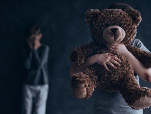 Il fenomeno della pedofilia nell'analisi dello Psicologo Elpidio Cecere