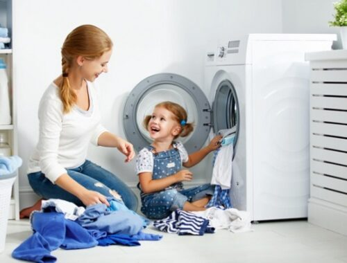 Elettrodomestici e risparmio in bolletta: ecco i 10 consigli per ridurre gli sprechi e l'impatto ambientale